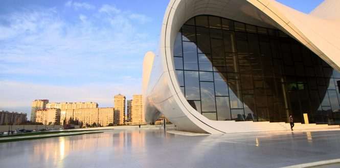 Urban Distrib - Zaha Hadid, an architect, a masterpiece