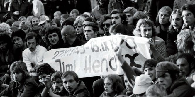 Urban Distrib - Soviet Hippies